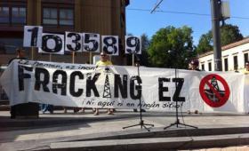 103.589 firmas contra el 'fracking' en el País Vasco