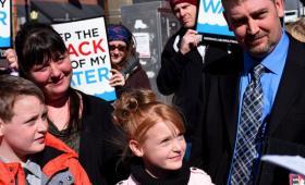 Veredicto de 4,2 millones de dólares por una demanda por la contaminación de agua en Dimock, Pennsilvannia.