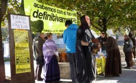 Entregadas más de 10.000 firmas para pedir la extición de los permisos de fracking en Cantabria