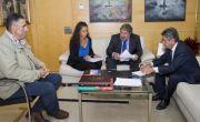 """Revilla se compromete a """"parar el fracking en Cantabria"""""""